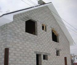 Качественный и недорогой дом из пеноблоков, кирпича, бруса в городе Белово, можно заказать в нашей компании профессиональных строителей СтройСервисНК